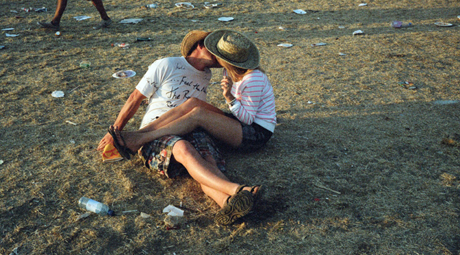 21 people you should never kiss at festivals